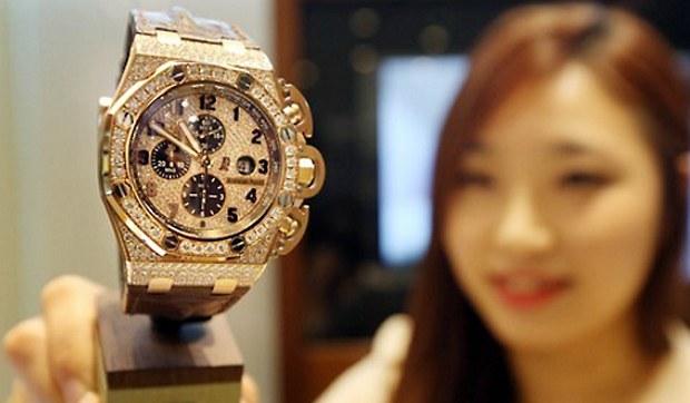 luxury_swiss_watch-620.jpg