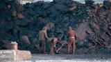 scoop_coal-620.jpg