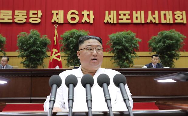 [북한경제, 어제와 오늘] 또 '고난' 속으로