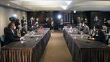 노규덕 한반도평화교섭본부장(오른쪽 두 번째)과 성 김 미국 대북특별대표(왼쪽 두 번째)가 23일 서울 중구 호텔 더 플라자에서 북핵수석대표 협의를 하고 있다.