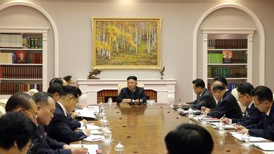 북한 노동당 중앙위원회 제8기 제3차 전원회의가 2일차 회의 모습.