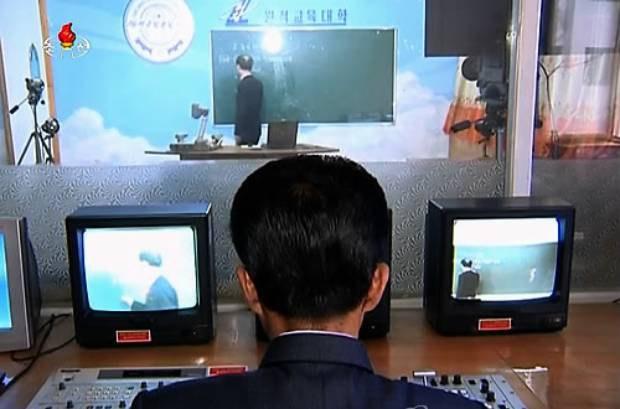 북한 비대면 원격수업과 외국의 온라인 수업의 차이점