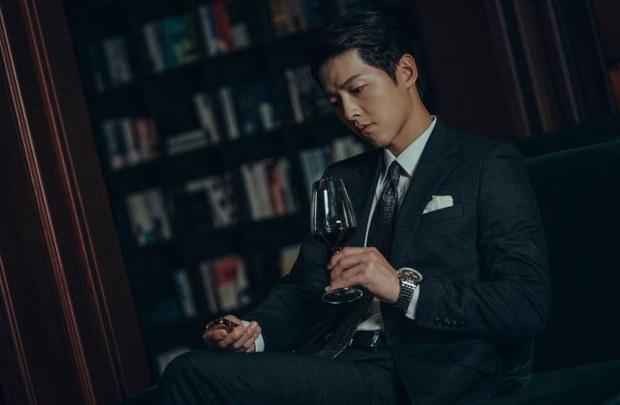통쾌, 유쾌 드라마 '빈센조' 인기몰이