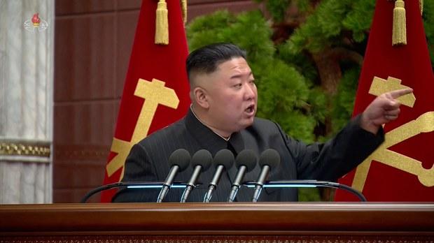 김정은은 왜 피부가 탔을까?