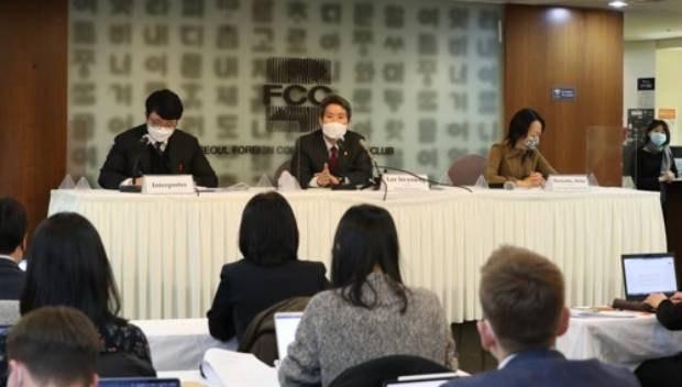 탈북민들, 한국 통일부 장관 명예훼손으로 고소